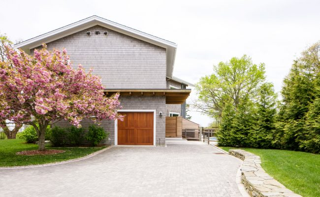 Guest_House_Driveway